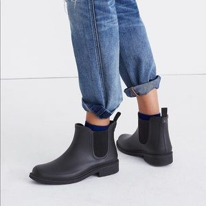 Madewell • matte black rubber rain ankle bootie 7